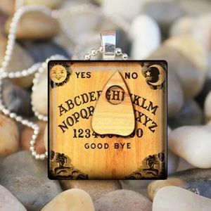 🎉Host Pick🎉 Ouija Board & Planchette Necklace
